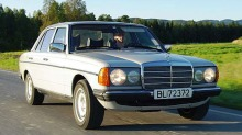 1977 Mercedes-Benz 230