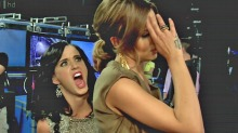 Katy Perry blir gjerne lesbisk for Cheryl Cole
