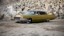 "BILEN MIN: Jan Kenneths 1970 Cadillac Sedan DeVille ""Goldflake"""