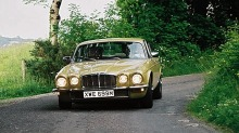 Jaguar XJ6: Gammel luksusbil til hverdagsbruk  er det smart?