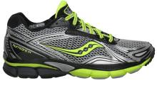 TLER TYNGRE LPERE: Saucony Powergrid Hurrican 14 har god demping bde i hl og forfot. Den tler ogs tyngre lpere.