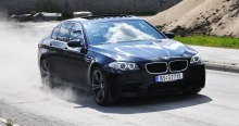 TEST: BMW M5: