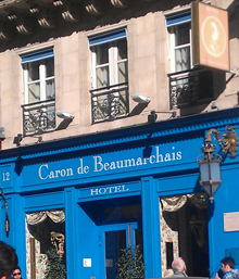 OVERNATTING: Hotel Caron de Beaumarchais har mer enn gode puter.